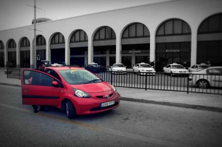 Mayjo offers car hire at the Airport