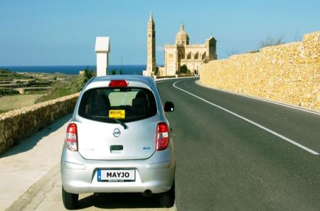 Cheap rates for car hire in Gozo