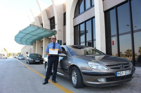 Private Airport transfers and friendly drivers